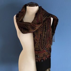 Accessories - Classy Paisley Scarf
